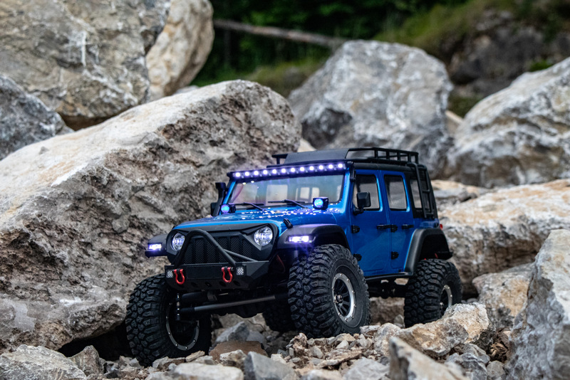 "1:10 EP Crawler CR3.4 ""SHERPA"" BLUE RTR - Image 1"
