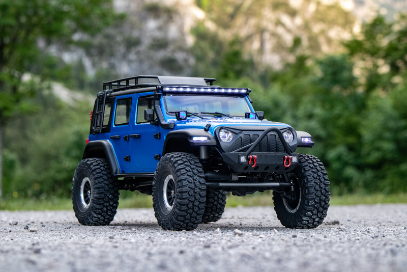 "1:10 EP Crawler CR3.4 ""SHERPA"" BLUE RTR - Image 3"