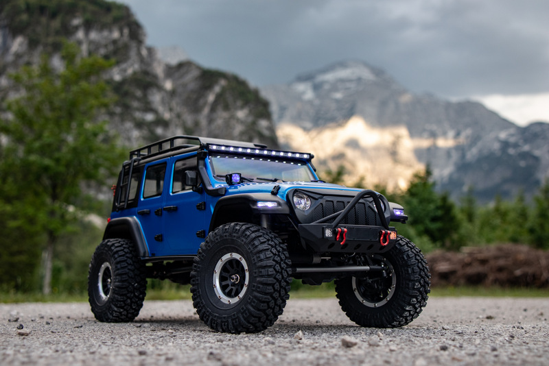 "1:10 EP Crawler CR3.4 ""SHERPA"" BLUE RTR - Image 4"
