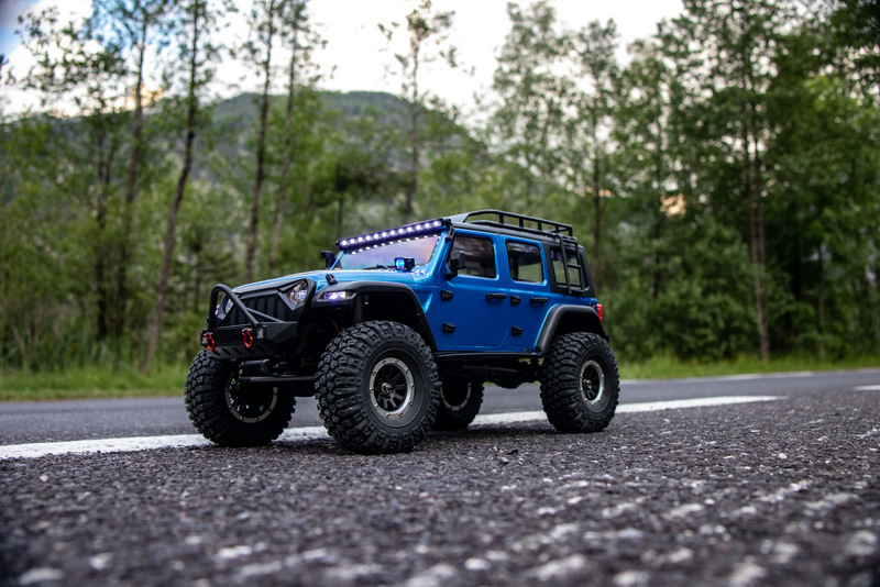 "1:10 EP Crawler CR3.4 ""SHERPA"" BLUE RTR - Image 8"